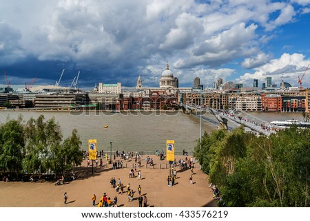 LONDON, UNITED KINGDOM - AUGUST 11, 2014: View of the Embankment and River Thames. London, England.