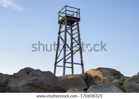 Adventure Oregon - Deer visits Fairview Peak fire lookout tower ...