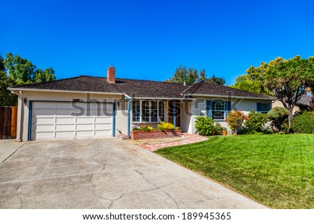 LOS ALTOS CA / USA NOVEMBER 12: Famous house with garage where Steve Jobs and Steve Wozniak assembled their first computer the Apple I in 1976. - stock photo