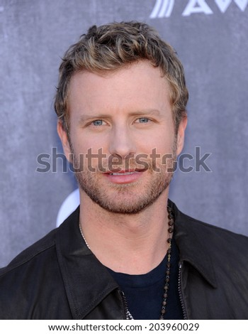 LOS ANGELES - APR 06:  Dierks Bentley arrives to the 49th Annual Academy of Country Music Awards   on April 06, 2014 in Las Vegas, NV.                 - stock photo