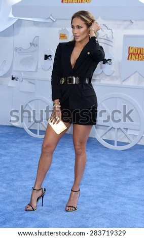 LOS ANGELES - APR 12:  Jennifer Lopez arrives to the MTV Movie Awards 2015  on April 12, 2015 in Hollywood, CA                 - stock photo