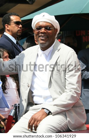 LOS ANGELES - APR 3: Samuel L Jackson at a ceremony where Halle Berry is honored with a star on the Hollywood Walk of Fame on 3 April 2007 in Los Angeles, California - stock photo