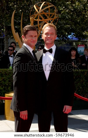 LOS ANGELES - AUG 21:  David Burtka & Neil Patrick Harris arrives at the 2010 Creative Primetime Emmy Awards at Nokia Theater at LA Live on August 21, 2010 in Los Angeles, CA