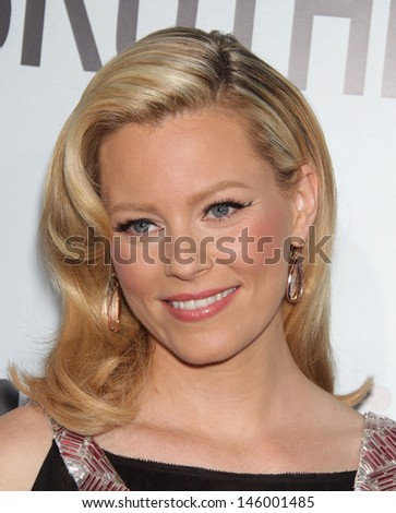 "LOS ANGELES - AUG 16:  ELIZABETH BANKS arrives to the ""Our Idiot Brother"" Los Angeles Premiere  on Aug 16, 2011 in Hollywood, CA"