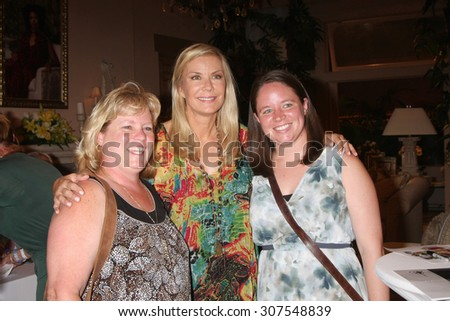 LOS ANGELES - AUG 14:  Fans, Katherine Kelly Lang at the Bold and Beautiful Fan Event Friday at the CBS Television City on August 14, 2015 in Los Angeles, CA