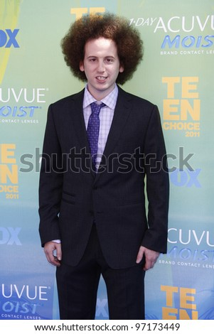 LOS ANGELES - AUG 7: Josh Sussman arrives at the 2011 Teen Choice Awards held at Gibson Amphitheatre on August 7, 2011 in Los Angeles, California