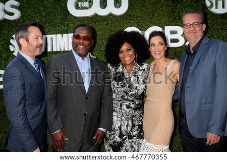 LOS ANGELES - AUG 10:  Odd Couple Cast at the CBS, CW, Showtime Summer 2016 TCA Party at the Pacific Design Center on August 10, 2016 in West Hollywood, CA