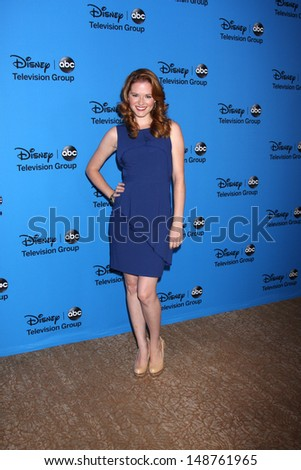 LOS ANGELES - AUG 4:  Sarah Drew arrives at the ABC Summer 2013 TCA Party at the Beverly Hilton Hotel on August 4, 2013 in Beverly Hills, CA
