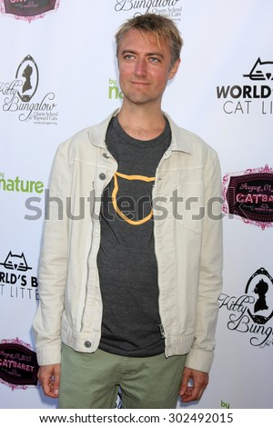 LOS ANGELES - AUG 1:  Sean Gunn at the A CATbaret! - A Celebrity Musical Celebration of the Alluring Feline at the Avalon on August 1, 2015 in Los Angeles, CA