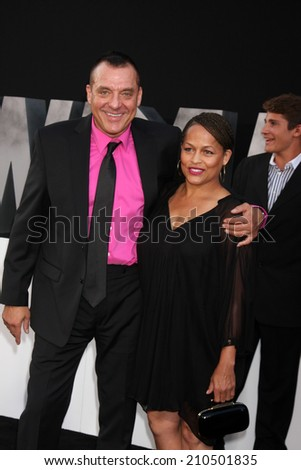 "LOS ANGELES - AUG 11:  Tom Sizemore, Toni Henderson at the ""Expendables 3"" Premiere at TCL Chinese Theater on August 11, 2014 in Los Angeles, CA"