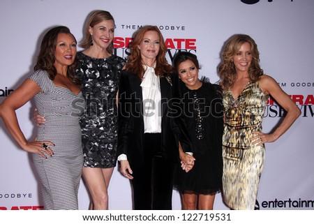 "LOS ANGELES - AUG 21:  VANESSA WILLIAMS, BRENDA STRONG, MARCIA CROSS, EVA LONGORIA & FELICITY HUFFMAN  arriving to ""Desperate Housewives"" Season Kick-Off Party  August 21, 2011 in Universal City, CA"