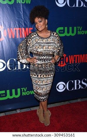 LOS ANGELES - AUG 10:  Yvette Nicole Brown arrives to the Summer 2015 TCA's - CBS, The CW & Showtime  on August 10, 2015 in West Hollywood, CA                 - stock photo