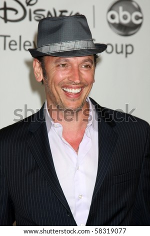 LOS ANGELES - AUGUST 1:  Steve Valentine arrive(s) at the 2010 ABC Summer Press Tour Party at Beverly Hilton Hotel on August 1, 2010 in Beverly Hills, CA...