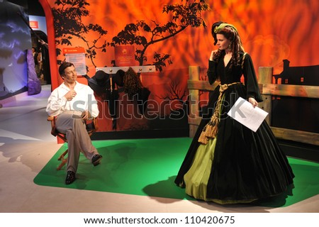 LOS ANGELES, CA - JULY 21, 2009: Clark Gable & Vivian Leigh waxwork figure - grand opening of Madame Tussauds Hollywood. - stock photo