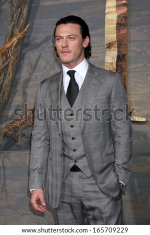 "LOS ANGELES - DEC 2:  Luke Evans at the ""The Hobbit"" Premiere at Dolby Theater on December 2, 2013 in Los Angeles, CA"