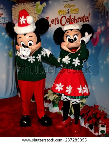 "LOS ANGELES - DEC 11:  Mickey Mouse, Minnie Mouse at the ""Disney on Ice"" Red Carpet Reception at the Staples Center on December 11, 2014 in Los Angeles, CA"