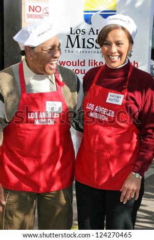 LOS ANGELES - DECEMBER 22: Billy Davis Jr. and Marilyn McCoo at the Annual Los Angeles Mission Christmas Event December 22, 2006 in Los Angeles, CA. - stock photo