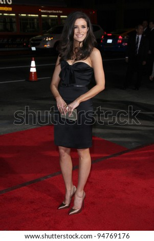 LOS ANGELES - FEB 8:  Abigail Spencer arrives at the 'This Means War' Premiere at Graumans Chinese Theater on February 8, 2012 in Los Angeles, CA