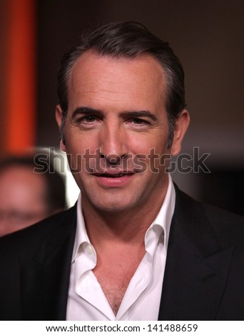 LOS ANGELES - FEB 6:  JEAN DUJARDIN arrives to the 2012 Academy Awards Nominee Luncheon  on Feb 6, 2012 in Beverly Hills, CA