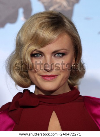 "LOS ANGELES - FEB 16:  MALIN AKERMAN arrives to the ""'Wanderlust' World Premiere  on February 16, 2012 in Westwood, CA"