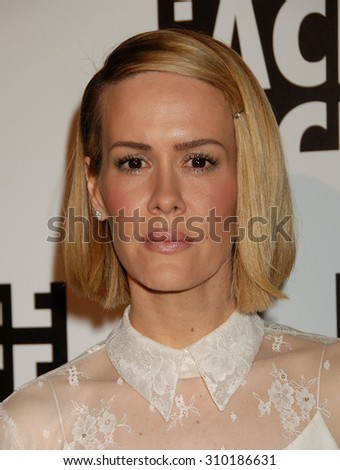 LOS ANGELES - FEB 7:  Sarah Paulson arrives at the 64th Annual ACE Eddie Awards   on February 7, 2014 in Beverly Hills, CA