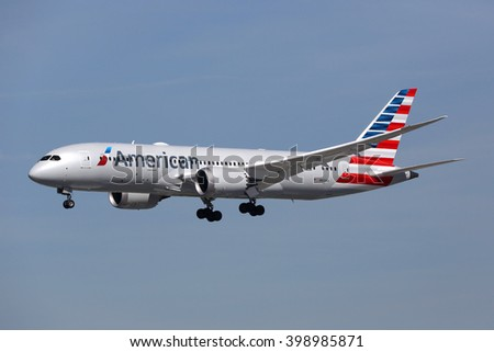 LOS ANGELES - FEBRUARY 19: An American Airlines Boeing 787 landing on February 19, 2016 in Los Angeles. American Airlines is a major airline based in Fort Worth. - stock photo