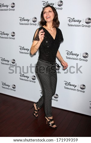 LOS ANGELES - JAN 17:  Finola Hughes at the Disney-ABC Television Group 2014 Winter Press Tour Party Arrivals at The Langham Huntington on January 17, 2014 in Pasadena, CA
