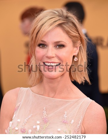 LOS ANGELES - JAN 25:  Julie Bowen arrives to the 21st Annual Screen Actors Guild Awards  on January 25, 2015 in Los Angeles, CA                 - stock photo