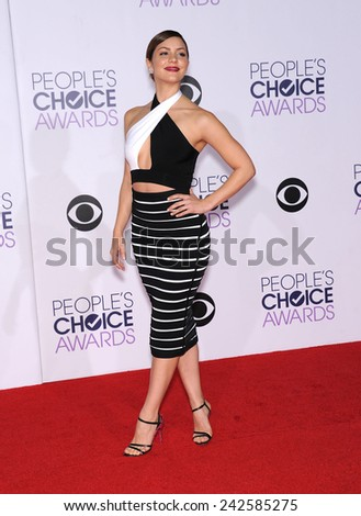 LOS ANGELES - JAN 07:  Katharine McPhee arrives to the People's Choice Awards 2014  on January 7, 2015 in Los Angeles, CA