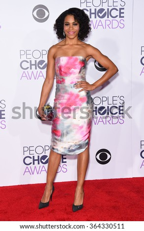 LOS ANGELES - JAN 06:  Kelly McCreary arrives to the People's Choice Awards 2016  on January 06, 2016 in Hollywood, CA.