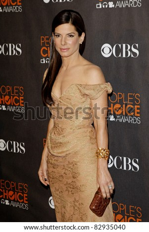 LOS ANGELES - JAN 6: US actress Sandra Bullock arrives at the People's Choice Awards 2010 held at the Nokia Theatre L.A. Live on January 06, 2010 in Los Angeles, California - stock photo