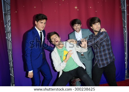 "LOS ANGELES - JUL 22:  Anthony Padilla, Ian Hecox, wax figures at the ""SMOSH: THE MOVIE""  Premiere at the Village Theater on July 22, 2015 in Westwood, CA"