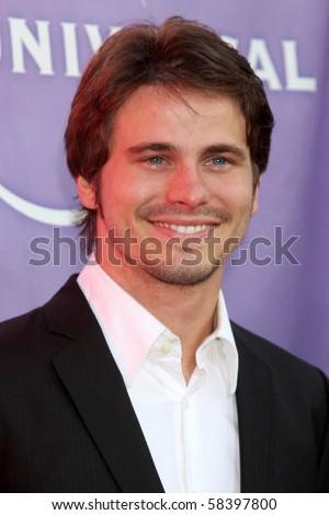 LOS ANGELES - JUL 30:  Jason Ritter  arrives  at the 2010 NBC Summer Press Tour Party at Beverly Hilton Hotel on July 30, 2010 in Beverly Hills, CA ...