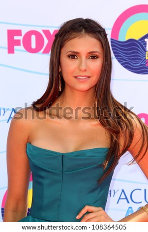 LOS ANGELES - JUL 22:  Nina Dobrev arriving at the 2012 Teen Choice Awards at Gibson Ampitheatre on July 22, 2012 in Los Angeles, CA