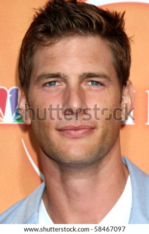 LOS ANGELES - JUL 30:  Ryan McPartlin arrives  at the 2010 NBC Summer Press Tour Party at Beverly Hilton Hotel on July 30, 2010 in Beverly Hills, CA...