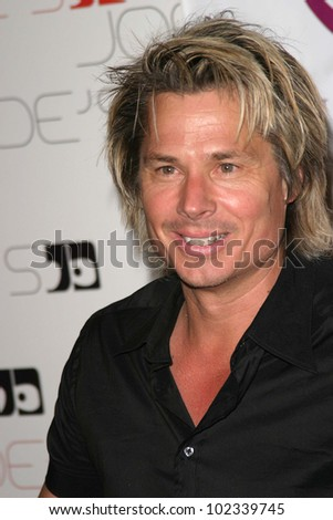 "LOS ANGELES - JULY 21: Kato Kaelin at ""The Assistant"" - Party for the launch of the new MTV series at Bliss on July 21, 2004 in Los Angeles, California"
