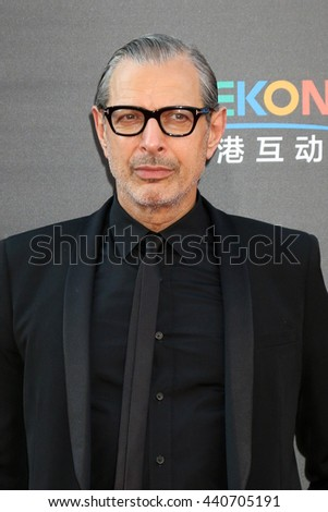 LOS ANGELES - JUN 20:  Jeff Goldblum at the Independence Day: Resurgence LA Premiere at the TCL Chinese Theater IMAX on June 20, 2016 in Los Angeles, CA - stock photo