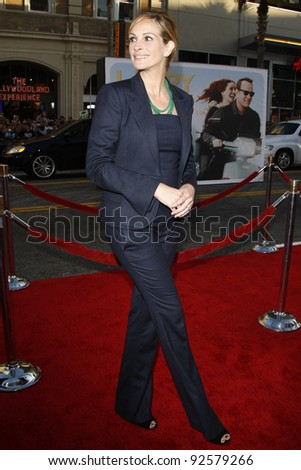LOS ANGELES - JUN 27: Julia Roberts arrives at the Premiere of Universal Pictures' 'Larry Crowne' at Grauman's Chinese Theatre on June 27, 2011 in Los Angeles, California - stock photo