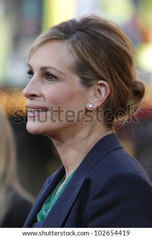 LOS ANGELES - JUNE 27: Julia Roberts arrives at the Premiere of Universal Pictures' 'Larry Crowne' at Grauman's Chinese Theatre on June 27, 2011 in Los Angeles, California - stock photo