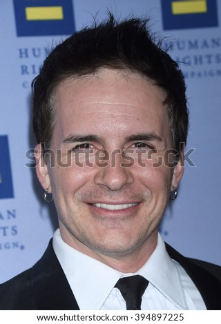 LOS ANGELES - MAR 19:  Hal Sparks arrives to the 2016 Human Rights Campaign Los Angeles Gala Dinner  on March 19, 2016 in Los Angeles, CA