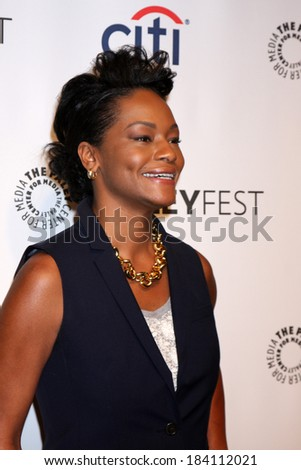 """LOS ANGELES - MAR 27:  Sufe Bradshaw at the PaleyFEST 2014 - """"VEEP"""" at Dolby Theater on March 27, 2014 in Los Angeles, CA - stock photo"""