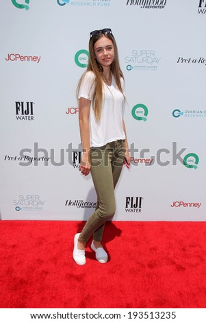 LOS ANGELES - MAY 17:  Delilah Belle Hamlin at the Ovarian Cancer Research Funds Inaugural Super Saturday LA at Barker Hanger on May 17, 2014 in Santa Monica, CA