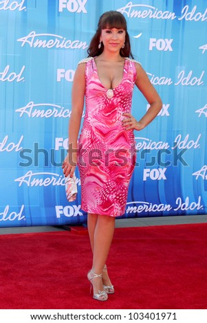 "LOS ANGELES - MAY 23:  DIana DeGarmo arrives at the ""American Idol 2012"" Finale at Nokia Theater on May 23, 2012 in Los Angeles, CA"