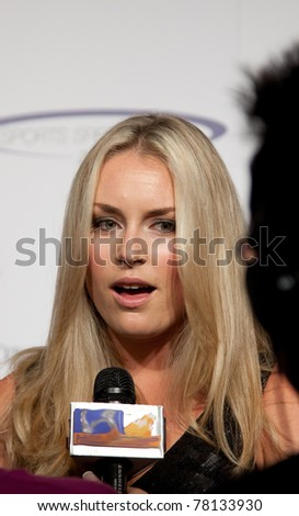 LOS ANGELES - MAY 22: Lindsey Vonn arrives at 2011 Cedars Sinai Sports Spectacular Los Angeles, CA on May 12, 2011. - stock photo