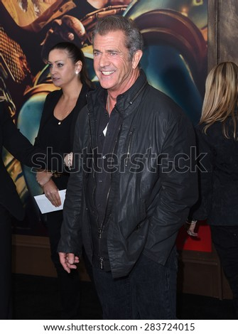 """LOS ANGELES - MAY 07:  Mel Gibson arrives to the """"Mad Max: Fury Road"""" Los Angeles Premiere  on May 7, 2015 in Hollywood, CA                 - stock photo"""