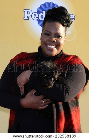 """- NOV 22: Amber RIley at the FOX's """"Cause for Paws: All-Star Dog ..."""