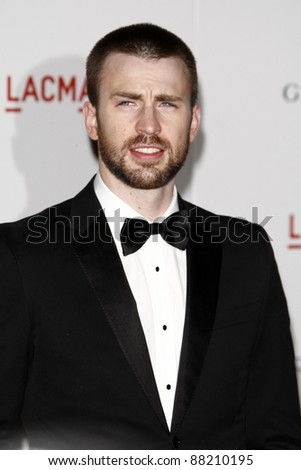 LOS ANGELES - NOV 5:  Chris Evans arrives at the LACMA Art + Film Gala at LA County Museum of Art on November 5, 2011 in Los Angeles, CA