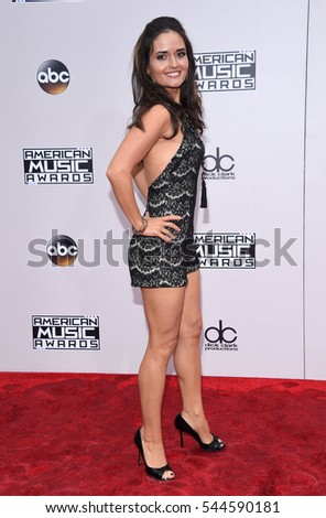LOS ANGELES - NOV 20:  Danica McKellar arrives to the American Music Awards 2016 on November 20, 2016 in Hollywood, CA