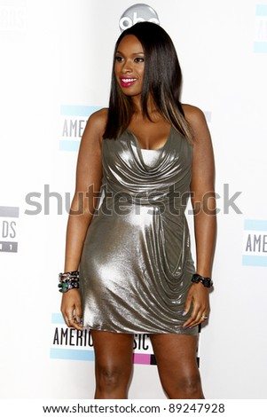 LOS ANGELES - NOV 20:  Jennifer Hudson arrives at the 2011 American Music Awards at Nokia Theater on November 20, 2011 in Los Angeles, CA
