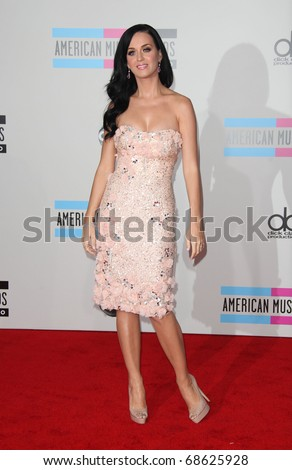 LOS ANGELES - NOV 21:  Katy Perry arrives to the American Music Awards 2010 on November 21, 2010 in Los Angeles, CA